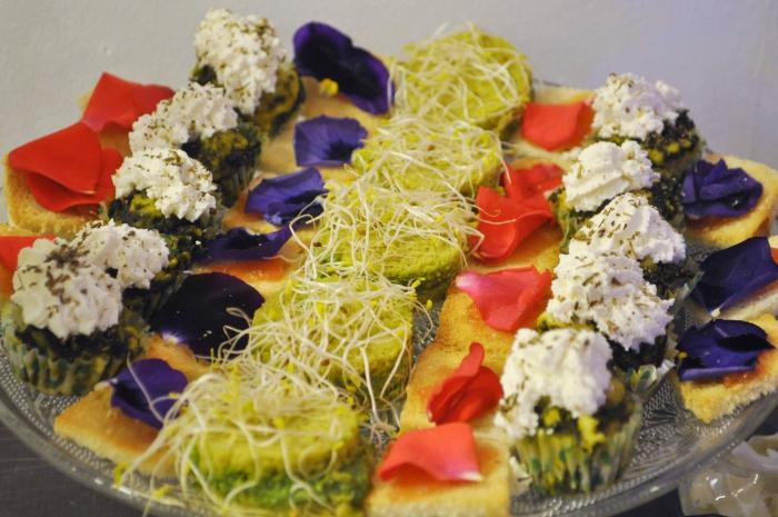 kathy-kolibry-cocktail-floral-inauguration-fleurs-de-mars4-700x465.jpg